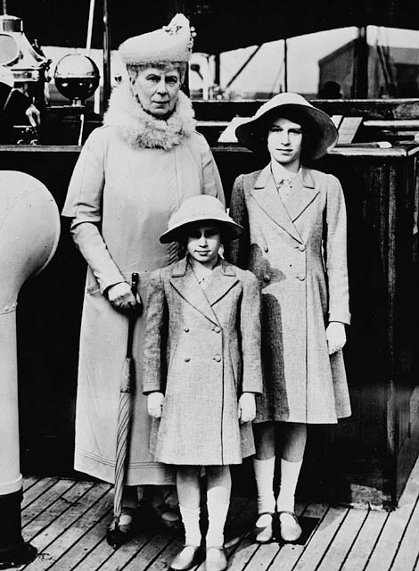 Queen Mary with Princess Elizabeth